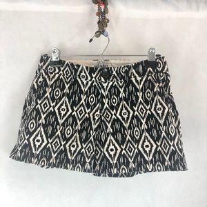 Old Navy Black White Shorts O